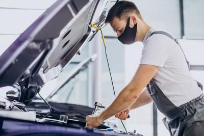 ¿Qué maquinaria necesitas para abrir un taller mecánico?